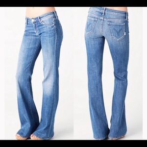 Mother The Wilder Medium Kitty Jeans. Size 27.